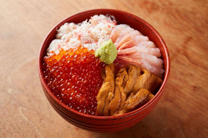 北海道海鮮4色丼